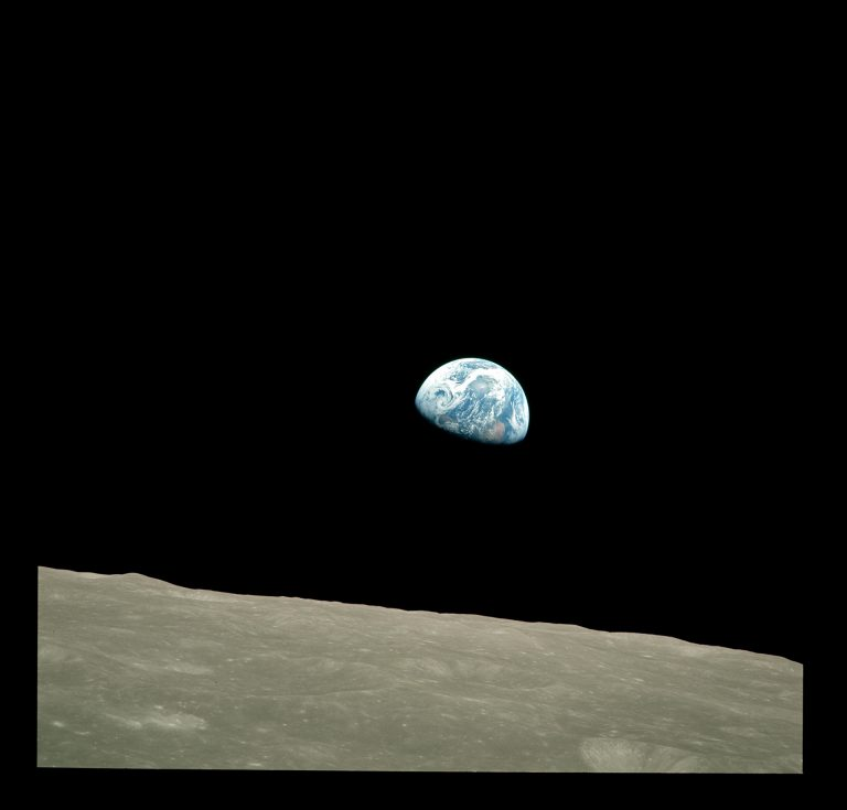 Earthrise – A View of Our Home from the Moon