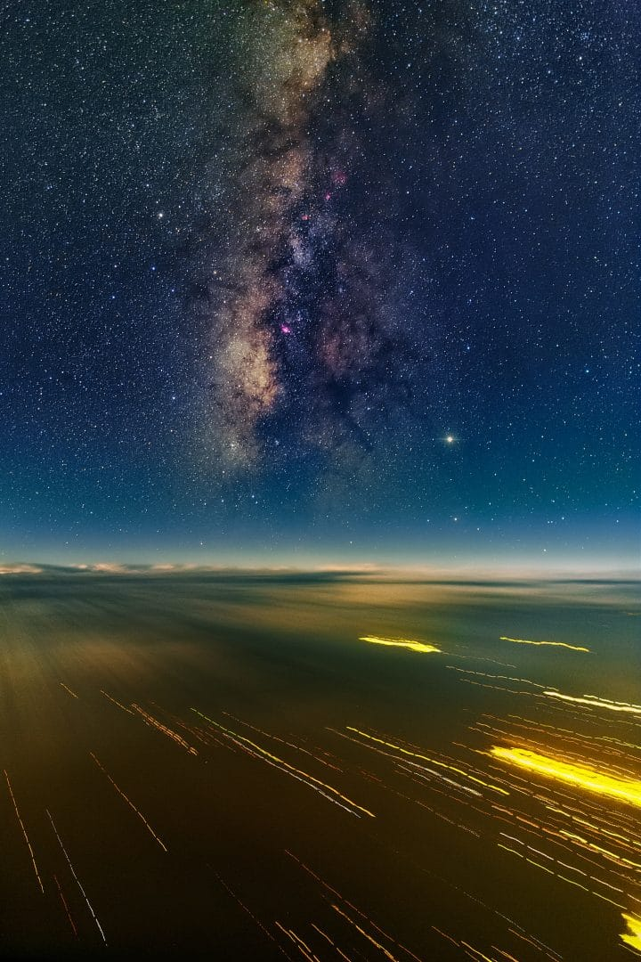 Airborne astrophotography by Ralf Rohner