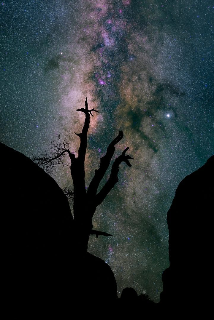 SKY: 50mm f/2.0, ISO 800, 40s. FOREGROUND: 15mm, f/2.8, ISO 6400, 20s.Photo By Aaron Martinez